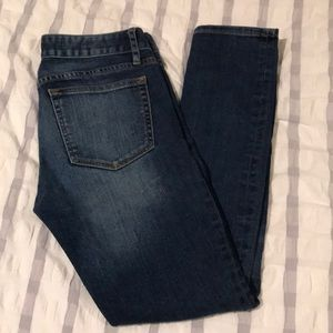 Gap always skinny jeans size 26. Excellent cond
